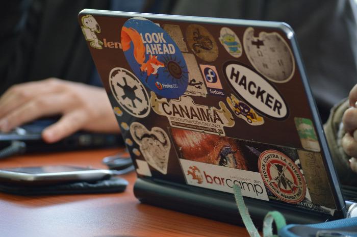 onlinestílus  közösségi média adatvédelem biztonság