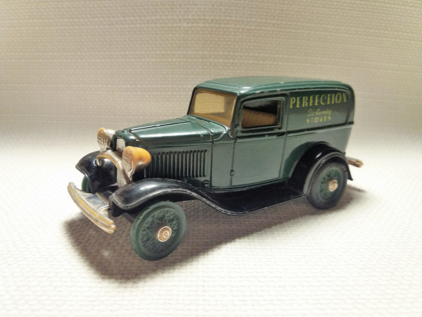 ertl ford 1932 ford panel delivery truck vintage vehicles egyéb old timer