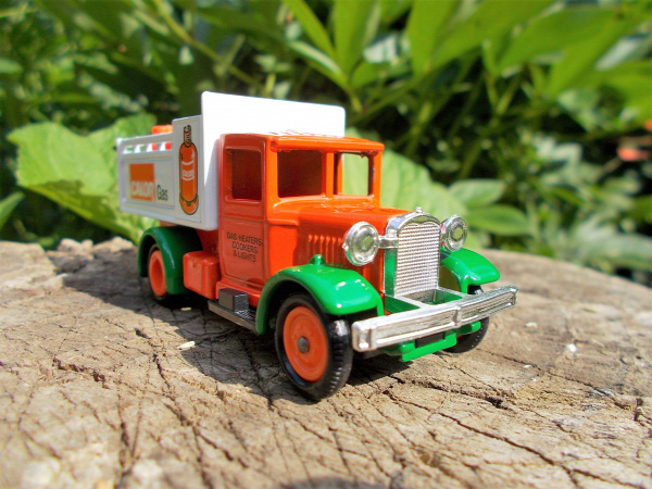 lledo days gone ford ford stake truck 1934