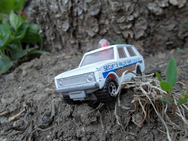 matchbox range rover police patrol paris-dakar-83 1975 1983