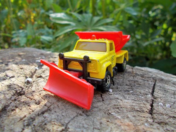 matchbox highway maintenance truck plow master 6000 chevrolet