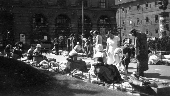Nemzeti Színház  Blaha Lujza tér Törőcsik Mari Gobbi Hilda Budapest anno nosztalgia kultúra
