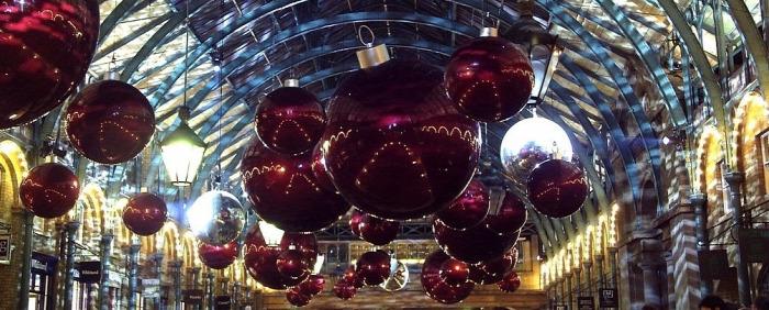 Karácsony Londonban  környezetbarát Kivilágítás  ünneplés
