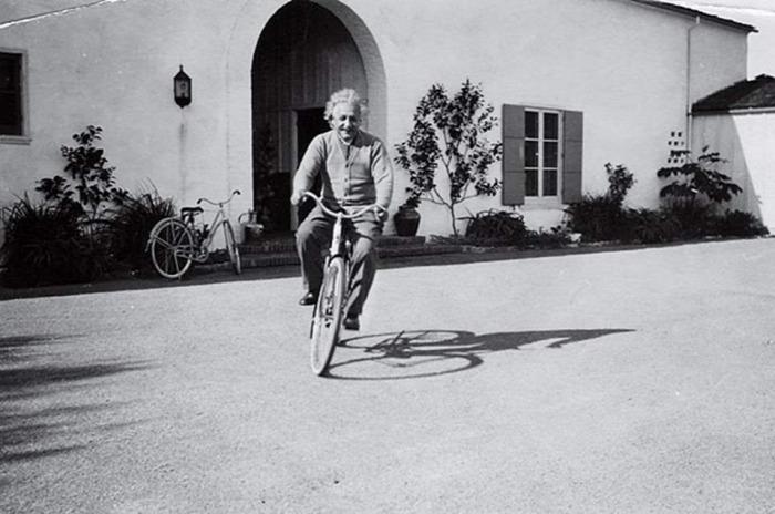 Albert Einstein Mileva Marić Elsa Löwenthal Hans Albert Einstein Eduard Einstein CoolTour