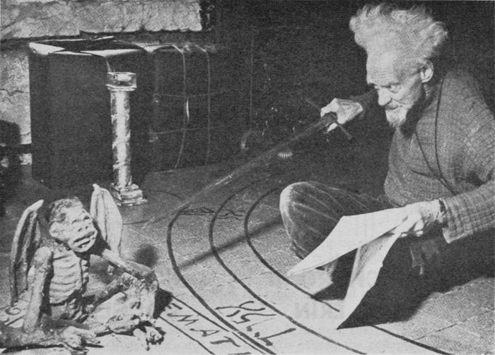 Boszorkány Gerald Gardner Hitler Arthur Miller CoolTour