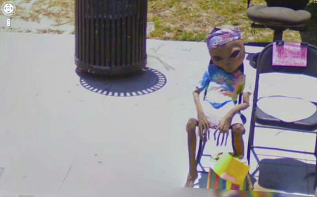 Aliens discovered on Google Street View!