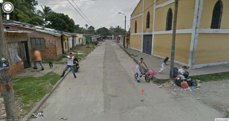 Shooting at the Google Street Car in Colombia.