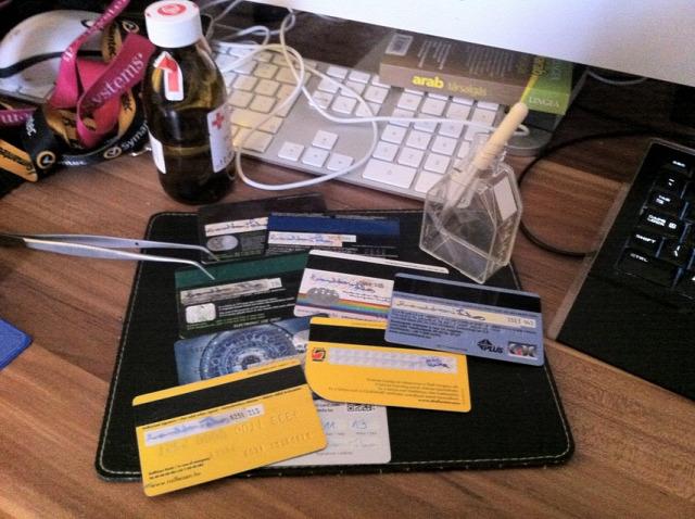 bankkártya biztonság aláírás anyagtechnológia oldhatóság