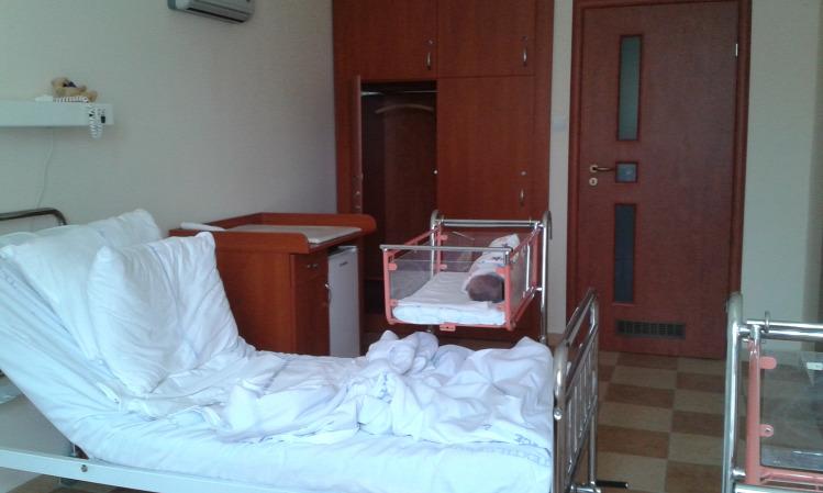 kórházteszt kórház szülés