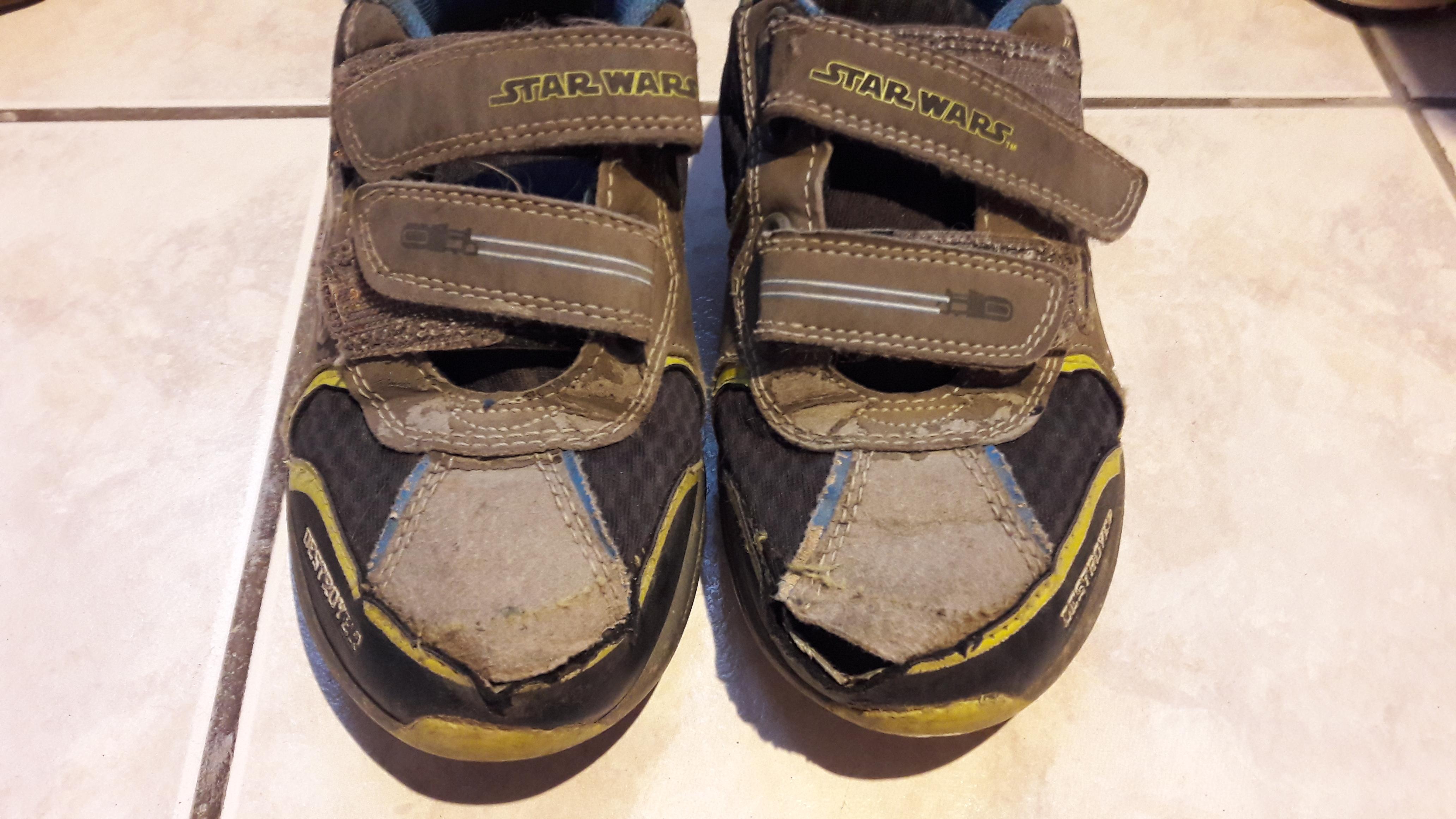 A te gyereked cipője se bír ki fél szezonnál többet  - Bezzeganya 1acdecacd3