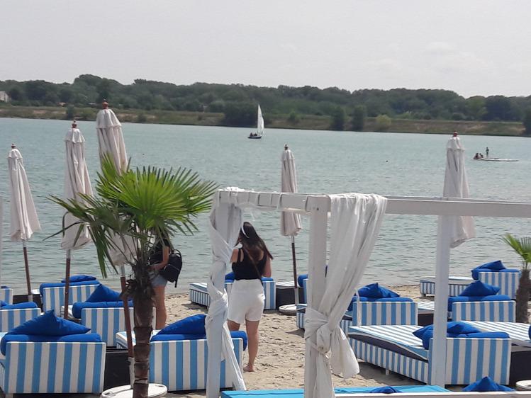 Vakmacska strand Lupa