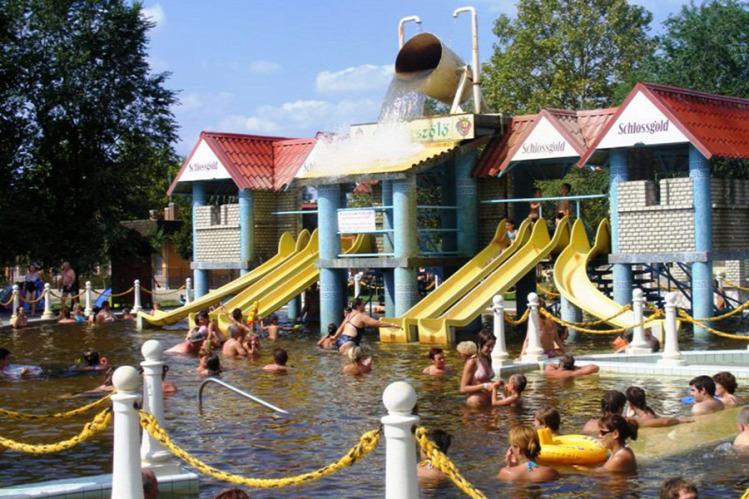 utazás nyár strand termálfürdő wellness teszt