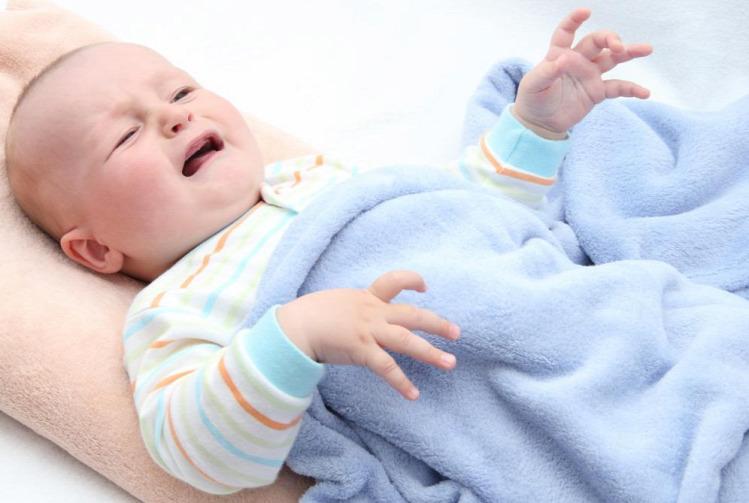 gyereknevelés alvás