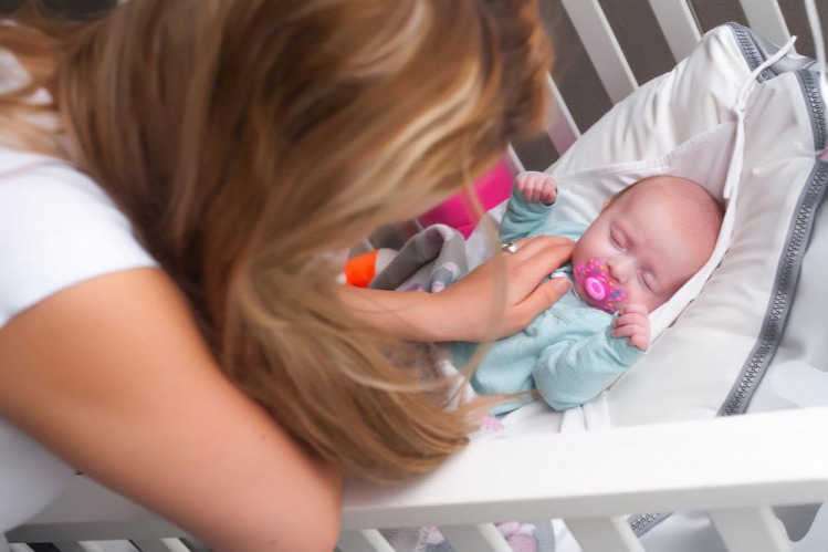 Tünde kismama újszülött csecsemők