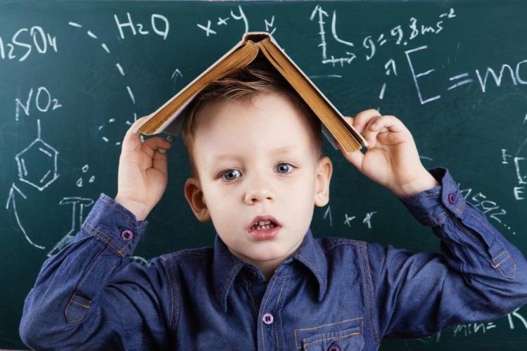 oktatás iskola iskolások