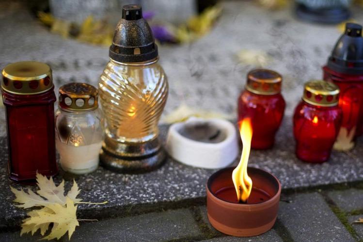 Pankuci gyász halottak napja mindenszentek temető
