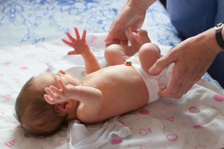 kórházteszt szülés kismama