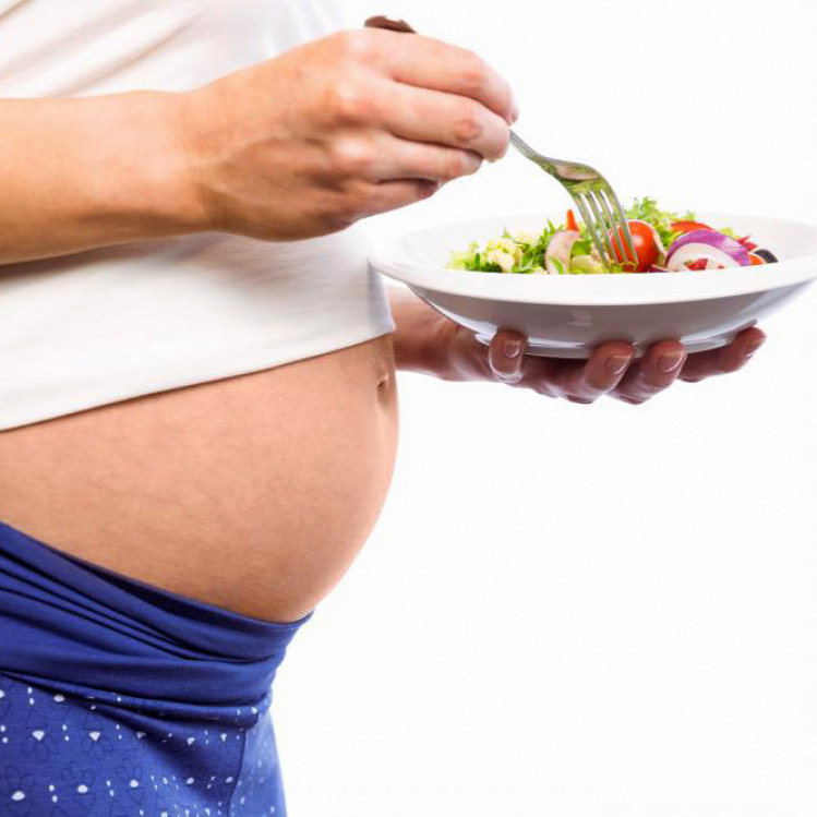 Tünde fogágybetegség terhesség kismama szájhigiénikus