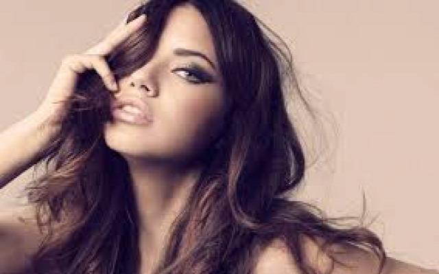 hajhullás kopaszodás mezoterápia hairhungary hajátültetés hajszín szőke barna haj kutatás hajfesték hajfestés hajformázás