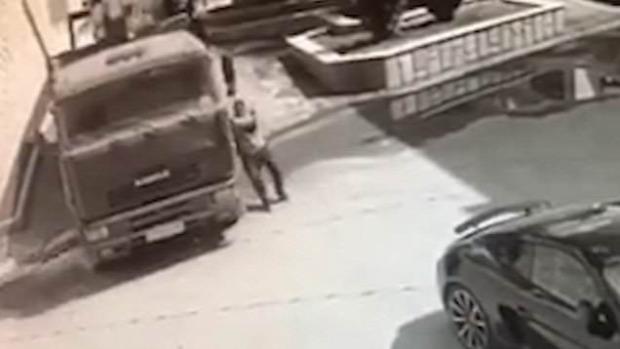 kamion sofőr megállít