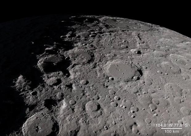 Hold  repülés