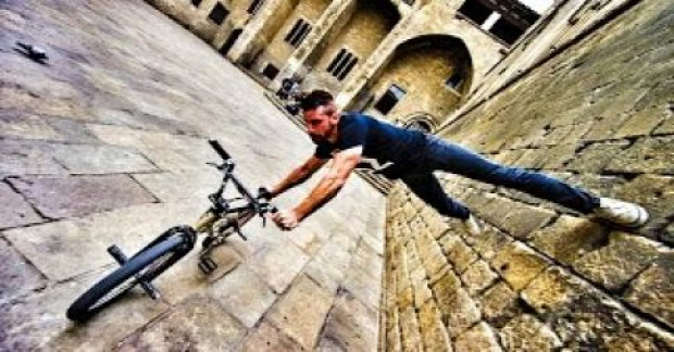 Tim Knoll Bike bringa parkour