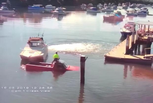 hajó autó kikötő csónak süllyed
