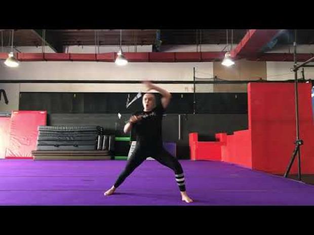 harcművész nő bemutató