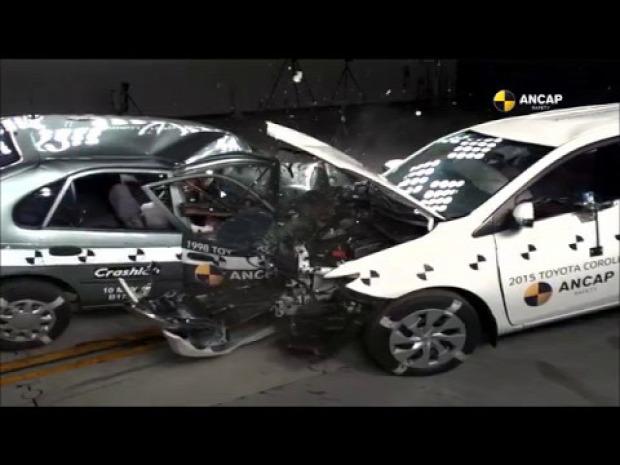 autó biztonság karambol ütközés Toyota Corolla