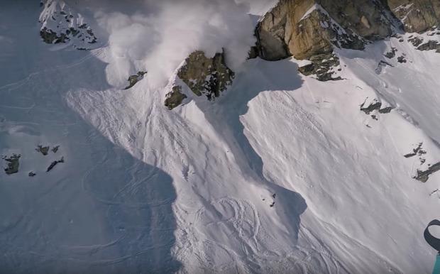 lavina ejtőernyő sielő