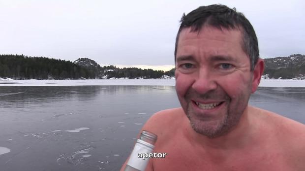 jég  korcsolya úszás motoros fűrész