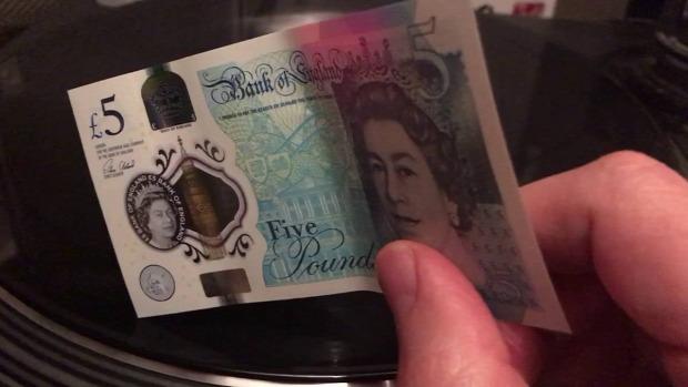 pénz műanyag font hanglemez