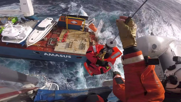 norvégia vihar hajó  mentés