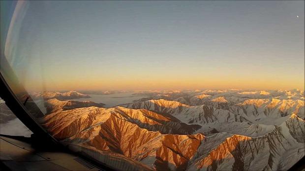 repülőgép leszállás Új-Zéland Queensland felhő tó hegy