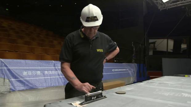 snooker világbajnokság asztal építés