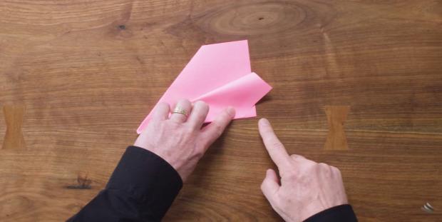 papír repülő hajtogatás