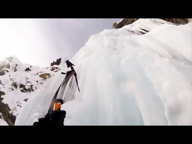 hegymászó szikla jég esés zuhanás