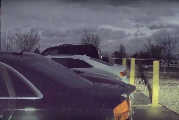 Tesla parkoló földrengés
