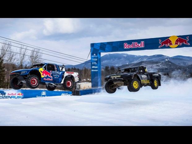 Red Bull   verseny autó jég szöges gumi