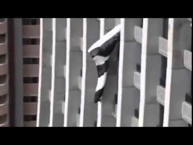 bázisugró ejtőernyős toronyház szálloda baleset