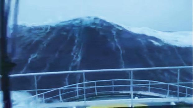 Északi-tenger hullám harmincméteres teherhajó