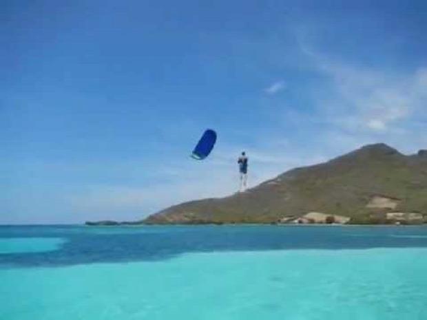 Kite surf baleset esés zuhanás tenger