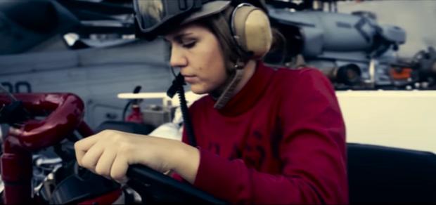Star Wars  SW ébredő erő haditengerészet repülőgép-hordozó Eisenhower