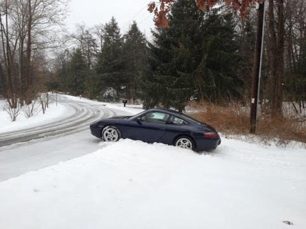 tél autó sofőr baleset