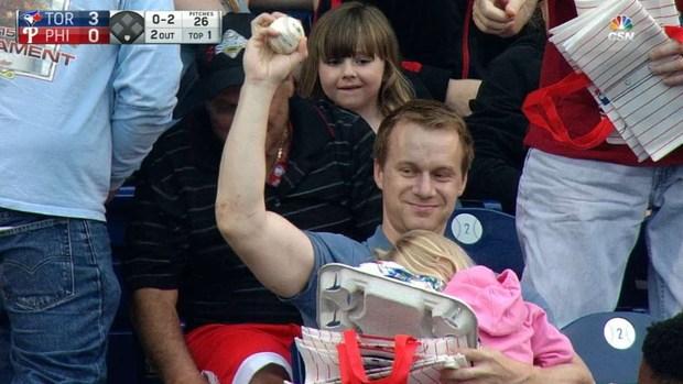 Baseball labda néző elkapás gyerek