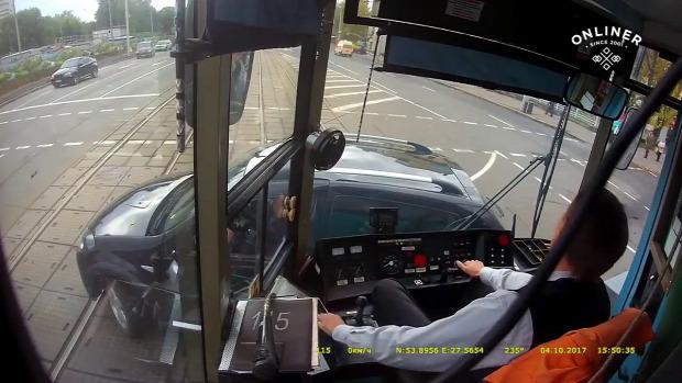 villamos vezető baleset