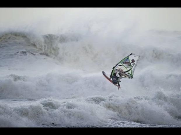 windsurf verseny vihar hurrikán