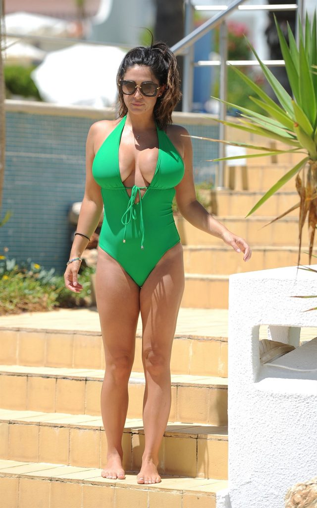Casey Batchelor 34GG