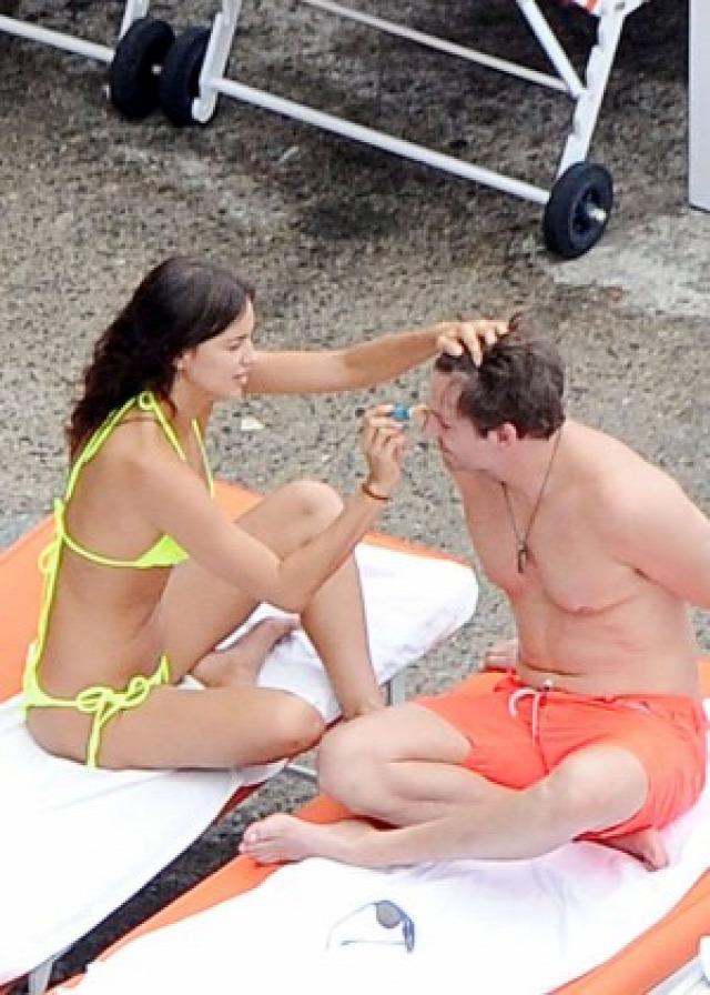 Irina Shayk in Yellow Bikini -01