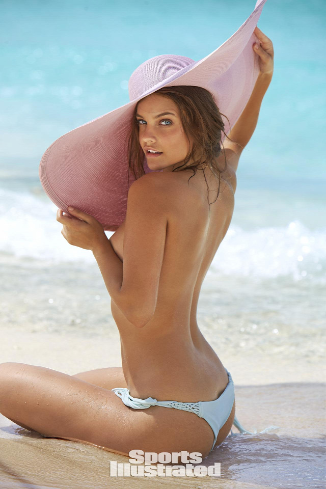 Palvin Barbara Sports Illustrated